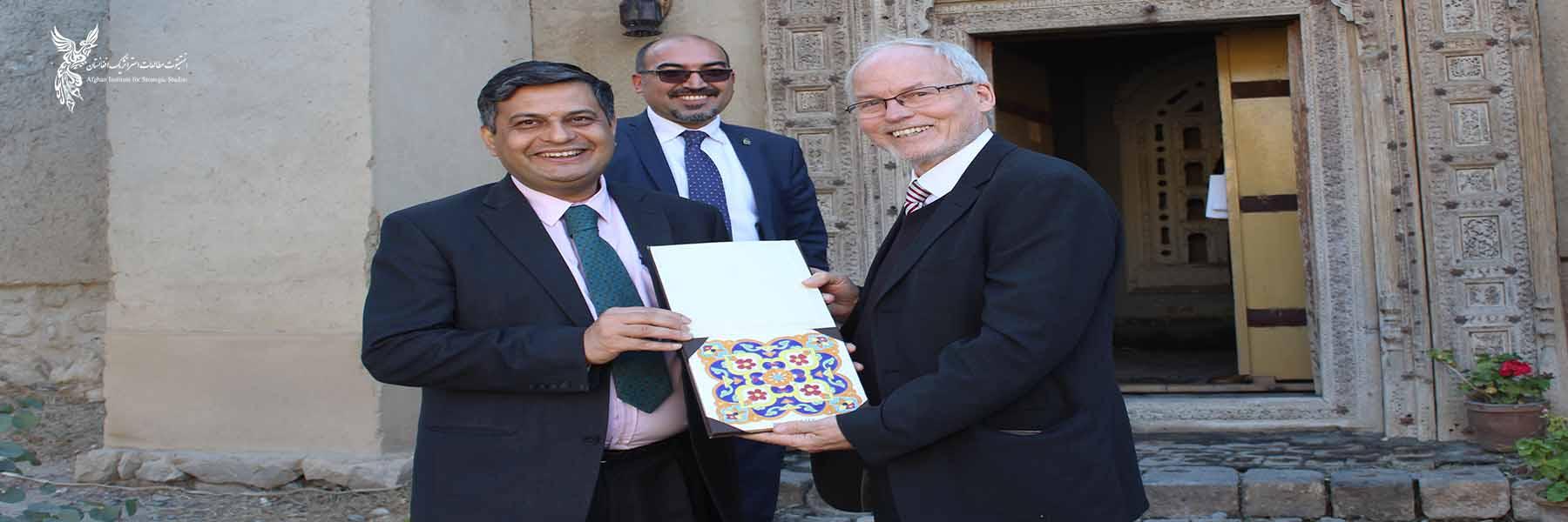 British Ambassador Visits AISS