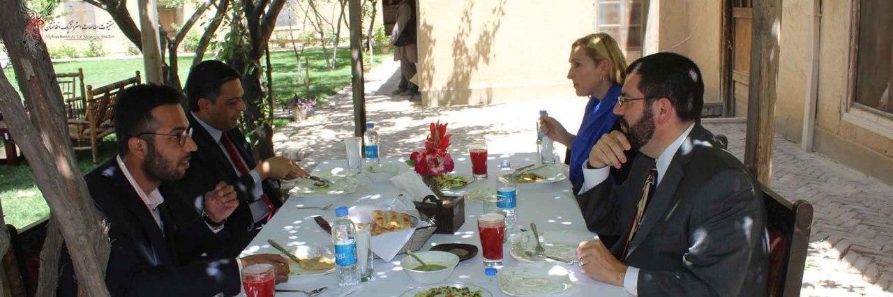 US Diplomats Visit AISS